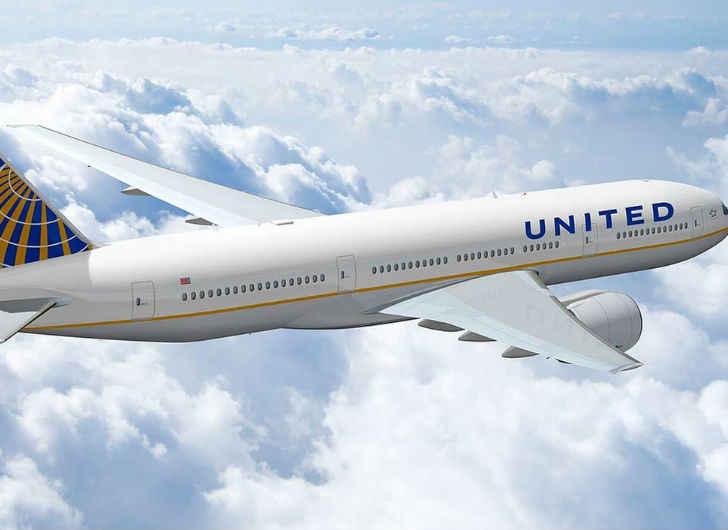 Baggage Handler Spends Flight Locked in Cargo Hold
