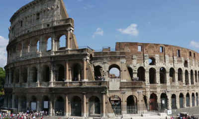 Irish Tourist Defaces Rome Landmark by Carving Initials into Colosseum